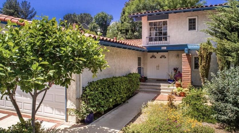 West Hills Valley Circle Terrace Home for sale