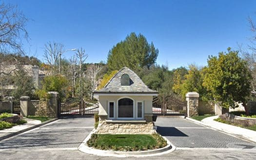 Oak Creek Estates Gated Community in Calabasas