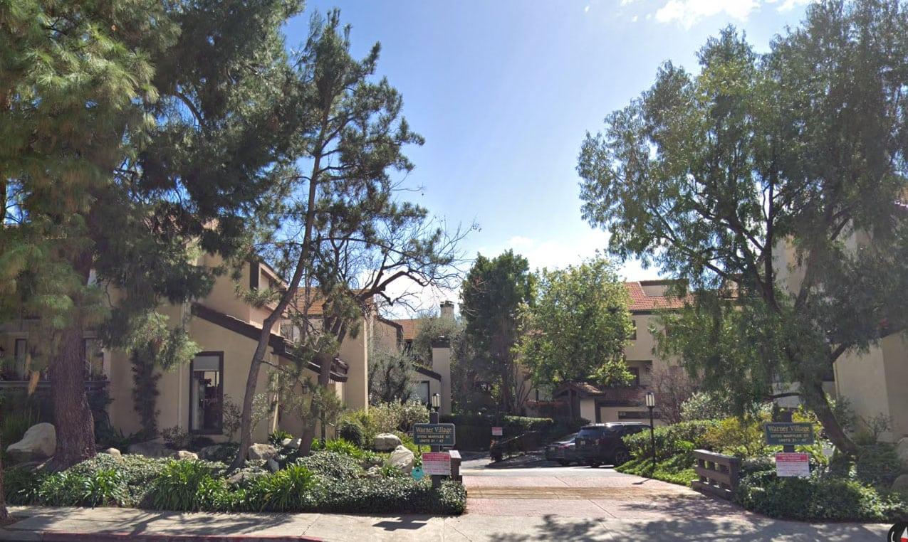 Warner Village Condominiums in Woodland Hills