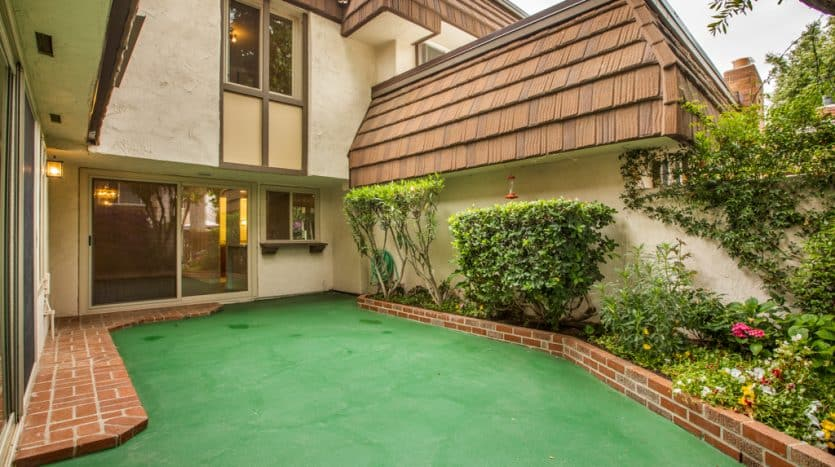 Chatsworth Townhome for sale