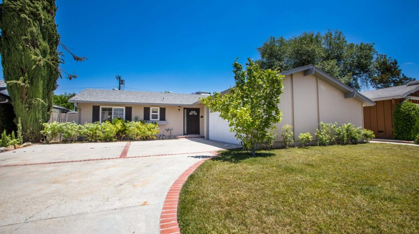 6168 Peterson Ave in Woodland Hills Home for sale