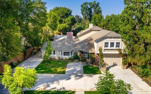23055 Califa St Woodland Hills, CA 91367 2