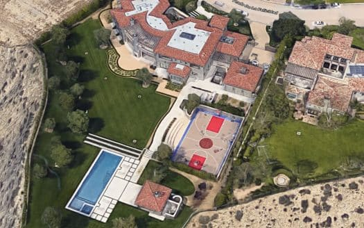 Courtney Kardashian home at the estates at the Oaks
