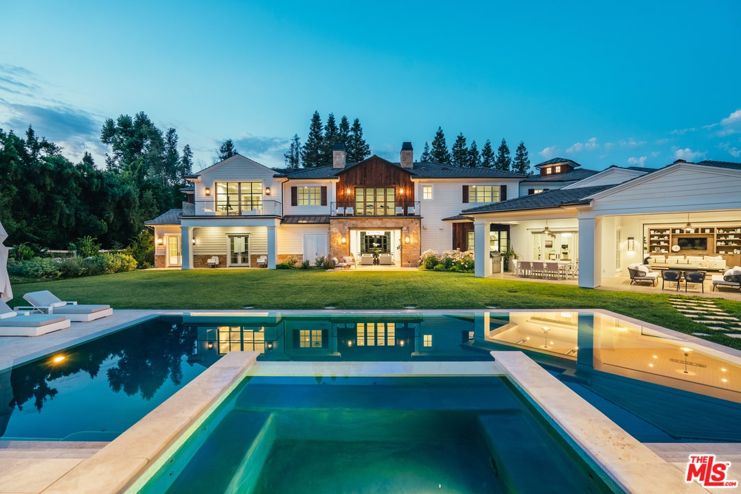 "Hidden Hills ""The Weekend"" Estate"