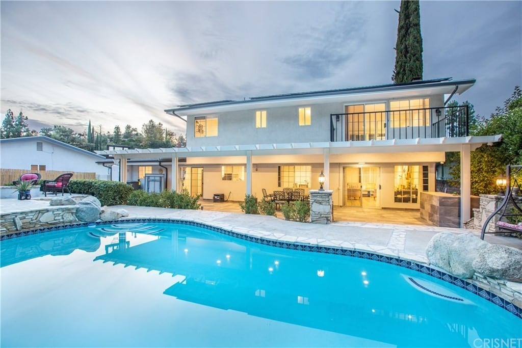 5816 Valerie Ave, Woodland Hills, CA 91367